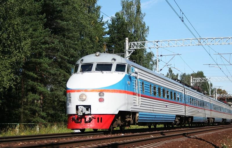 Электропоезд ЭР200